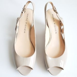 Marc Fisher Open Toe Wedges Cream Size 10M